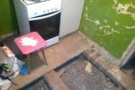Демонтаж старого пола в квартире перед ремонтом