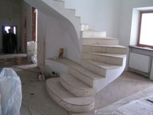 Демонтаж бетонной лестницы в загородном доме (Москва и московская область)