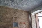 Отбивка штукатурки со стен