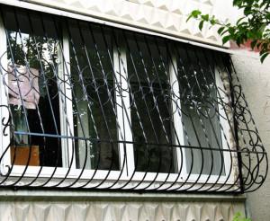 Демонтаж оконных решеток (Москва и московская область)