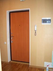 Установка пвх профиля на откосы двери