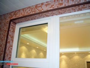 Отделка откосов окна мозаикой
