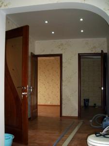 Установка дверей. Замена потолочных светильников
