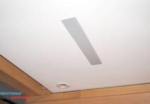Установка врезного потолочного светильника