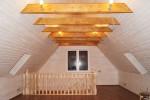 Отделка коттеджа - обшивка стен вагонкой, укладка ламината, установка плинтусов/светильников, покраска стен