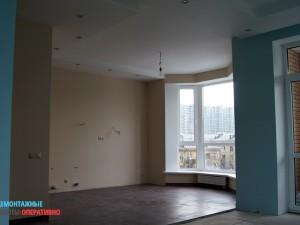 Демонтаж стены меджу кухней и гостиной с применением алмазной резки бетона. Комплекс черновых работ.