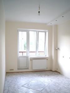 Покраска стен на кухне, укладка плитки на пол