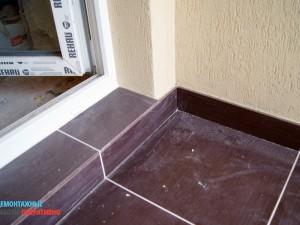 Облицовка порога керамической плиткой