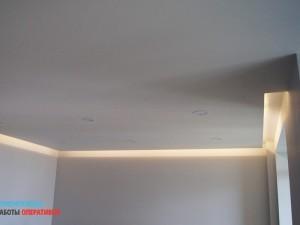 Покраска потолка, установка подсветки